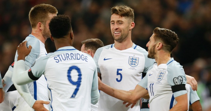 England: Stay top with comfortable win