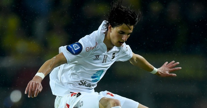 Rafik Zekhnini: In talks over Everton move
