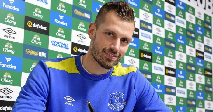 Morgan Schneiderlin: Explains move to Everton