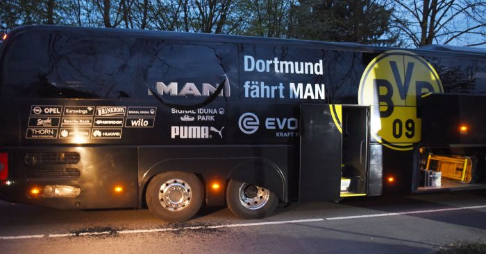 Dortmund: Team bus hit by explosions