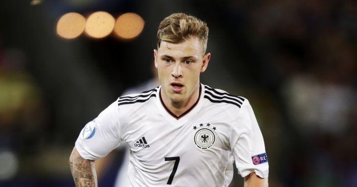 Arsenal to make late swoop for Schalke 04 midfielder Max Meyer?