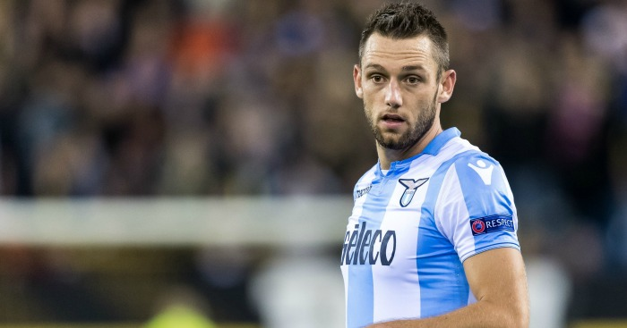 Liverpool considering January move for Stefan De Vrij