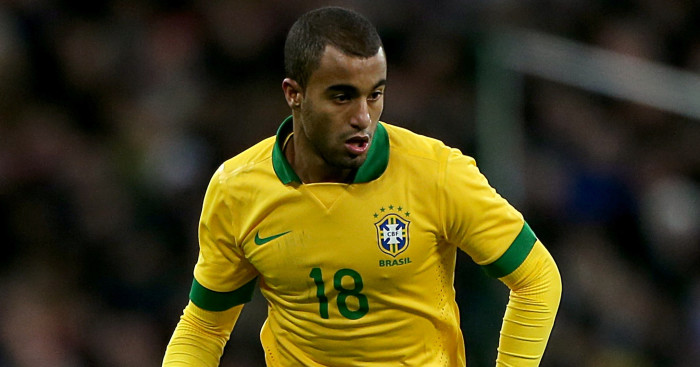 Tottenham Hotspur make enquiry to sign Lucas Moura in cut price deal
