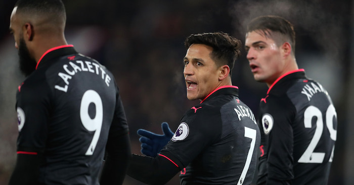Wenger criticizes Sanchez for United move