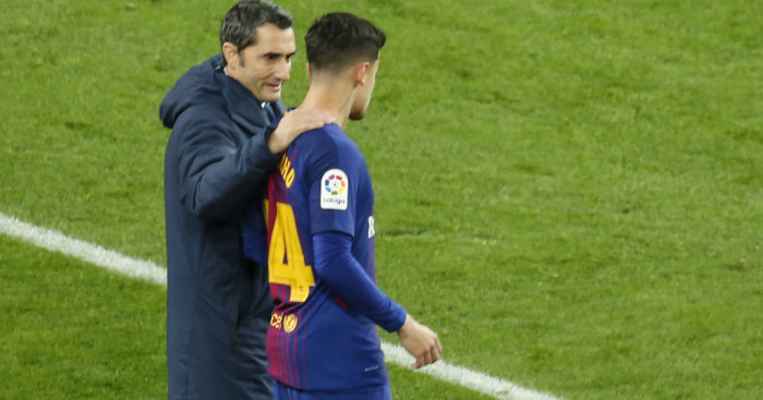 Barcelona fans finally get glimpse of Philippe Coutinho