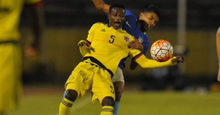 Liverpool sign Colombia defender Anderson Arroyo