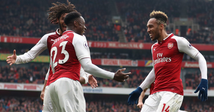 Welbeck's brace helps Arsenal overcome Southampton 3-2 at Emirate