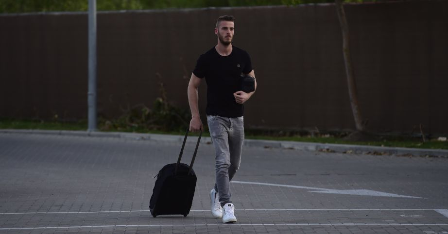 David de Gea: Goalkeeper could be staying at Manchester United