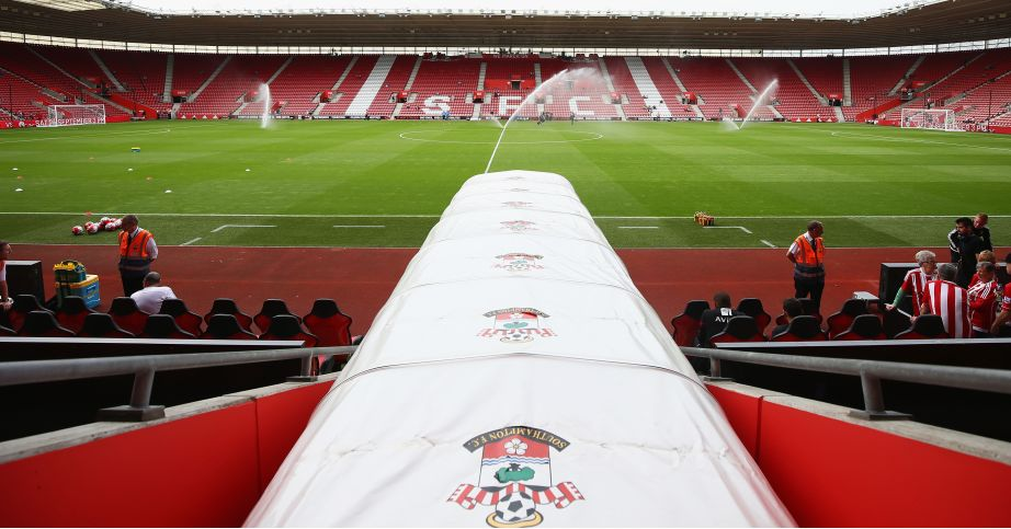 St Mary's Stadium: Harry Lewis joins Southampton
