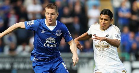 Jefferson Montero: Could come in for Swansea