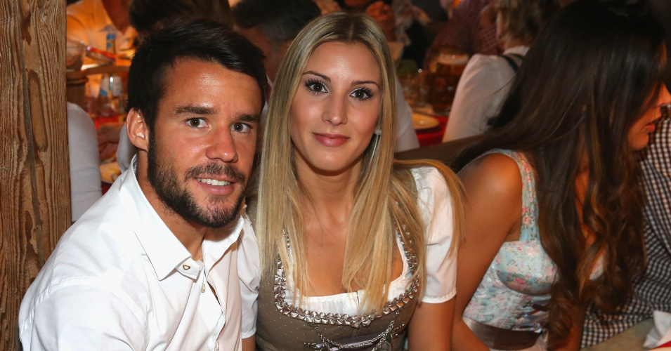 Bayern Munich's Spanish defender Juan Bernat dressed in traditional Bavarian is pictured during the German first division Bundesliga football club Bayern Munich's annual visit at the Oktoberfest beer festival in Munich, southern Germany, on September 30, 2015. AFP PHOTO / POOL / ALEXANDER HASSENSTEIN (Photo credit should read ALEXANDER HASSENSTEIN/AFP/Getty Images)