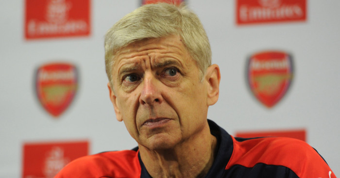 Arsene Wenger: Insists he'll honour his contract