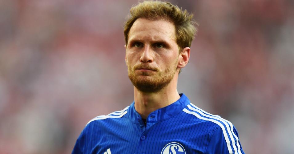 Benedikt Hoewedes: Schalke defender linked with Liverpool