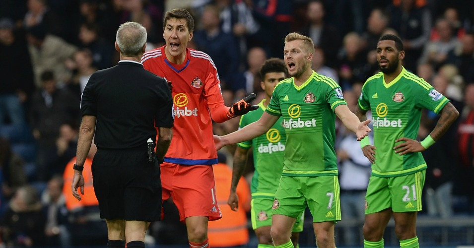 Costel Pantilimon: Protests proved in vain for Sunderland goalkeeper