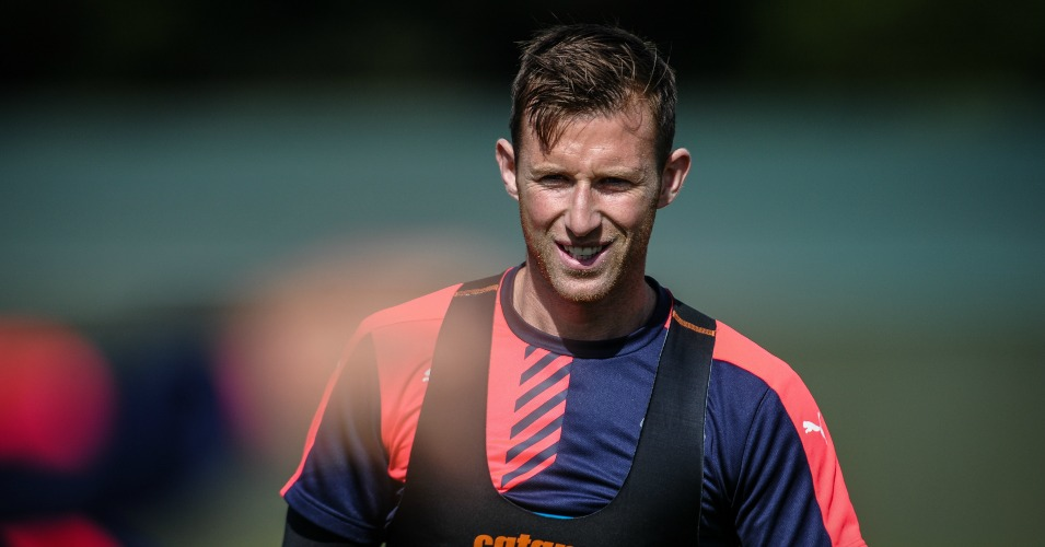 Mike Williamson: Has joined Wolves
