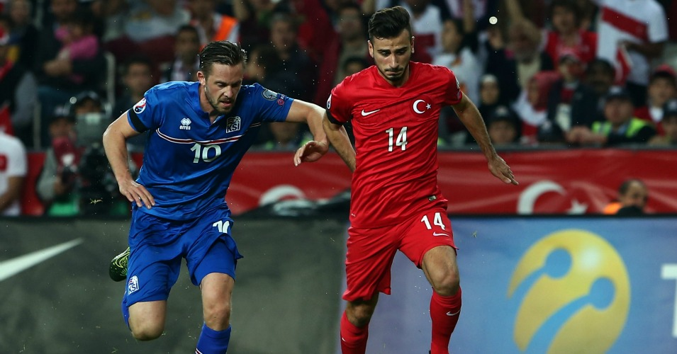 Oguzhan Ozyakup: Midfielder compared to Mesut Ozil