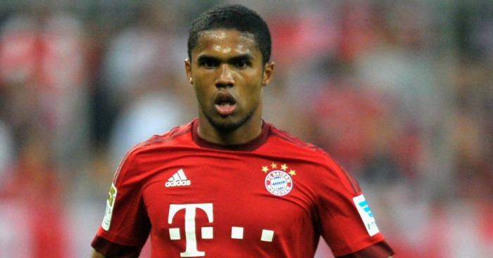 Douglas Costa: Spurs keen on Bayern man