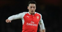 Mesut Özil: Not committing future with Gunners yet