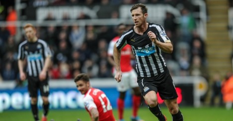 Mike Williamson: Defender returns from his loan at Wolves