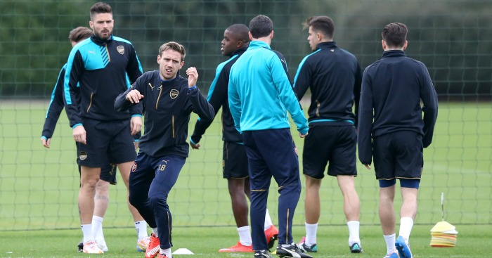 Olivier Giroud: Trains with Arsenal team-mates ahead of Olympiacos game