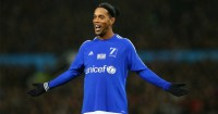 Ronaldinho: Keen to help