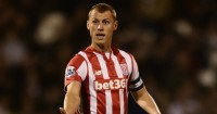 Steve Sidwell: Stoke midfielder joins Brighton on loan