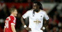 Bafetimbi Gomis: Newcastle United could sign Swansea City striker