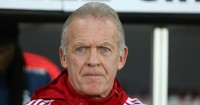 Alan Curtis: Would step aside for arrival of new manager
