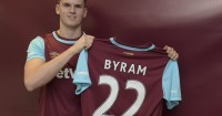 Sam Byram: Signs deal with West Ham until 2020