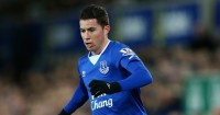 Bryan Oviedo: Signs new deal with Toffees