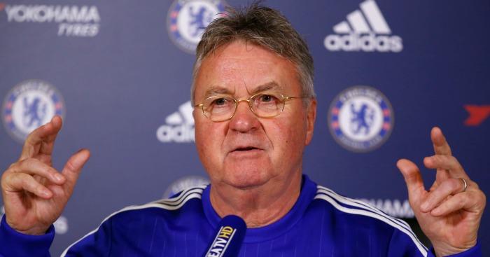 Guus Hiddink: Chelsea boss assesses Manchester United's style