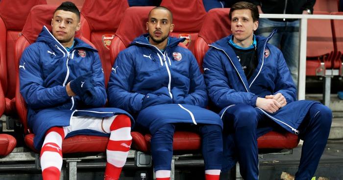Oxlade-Chamberlain (l) & Szczesny (r): Linked with Reds