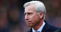 Alan Pardew: Unhappy with late penalty decision