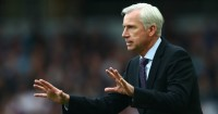 Alan Pardew: Pressure is building at Palace