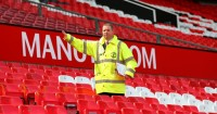 Manchester United: Left to wait as match abandoned at Old Trafford