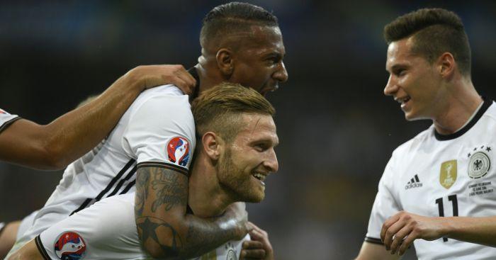 Shkodran Mustafi: Bullet header opened scoring