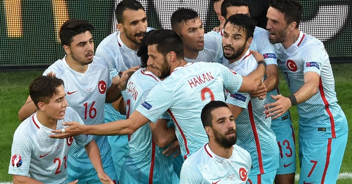 Turkey: Clinch third place with vital win in Lens