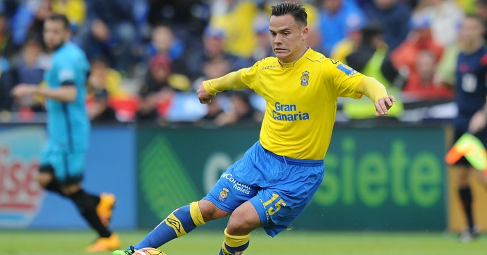 Roque Mesa: Wanted by duo