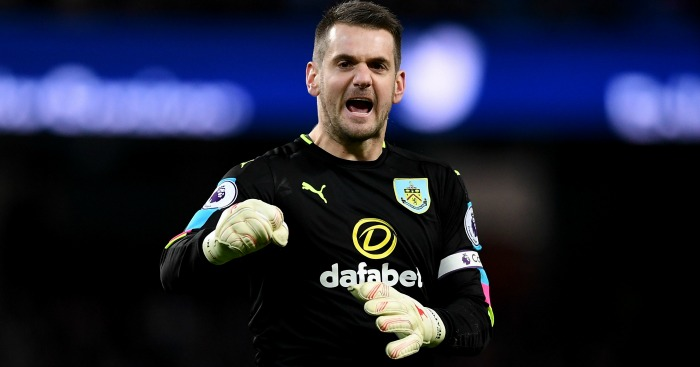 Heaton option emerges as Leeds call Newcastle bluff over Darlow