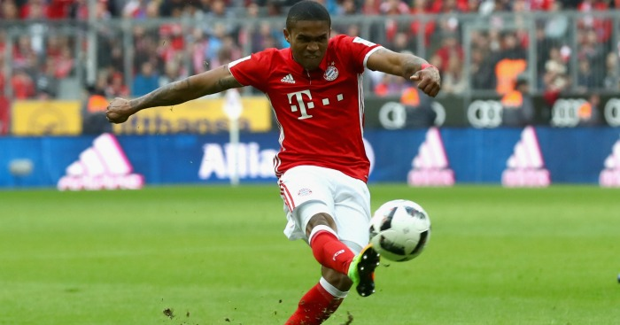 Douglas Costa: Liverpool and Tottenham link