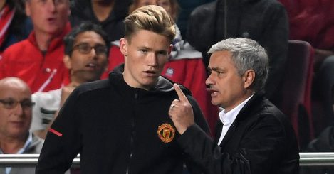 LISBON, PORTUGAL - OCTOBER 18: Jose Mourinho, Manager of Manchester United speaks to Scott McTominay of Manchester United before he comes on during the UEFA Champions League group A match between SL Benfica and Manchester United at Estadio da Luz on October 18, 2017 in Lisbon, Portugal. (Photo by Laurence Griffiths/Getty Images)