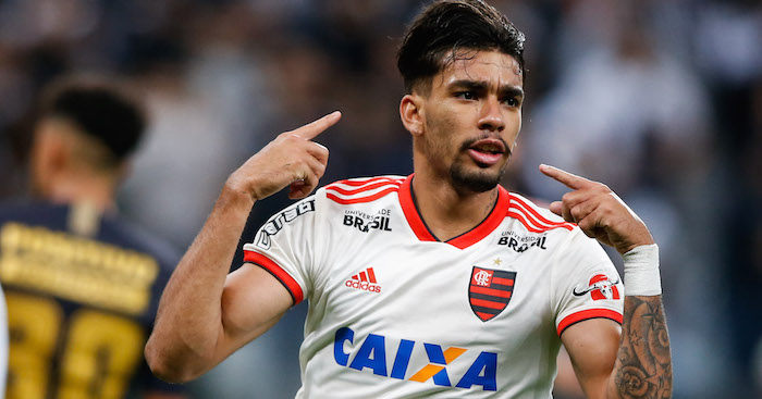 SAO PAULO, BRAZIL - OCTOBER 05: Lucas Paqueta #11 of Flamengo celebrates after scoring their first goal during the match against Corinthians for the Brasileirao Series A 2018 at Arena Corinthians Stadium on October 05, 2018 in Sao Paulo, Brazil. (Photo by Alexandre Schneider/Getty Images) *** Local Caption *** Lucas Paqueta