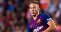 BARCELONA, SPAIN - SEPTEMBER 23: Arthur Melo of FC Barcelona plays the ball during the La Liga match between FC Barcelona and Girona FC at Camp Nou on September 23, 2018 in Barcelona, Spain. (Photo by Alex Caparros/Getty Images)