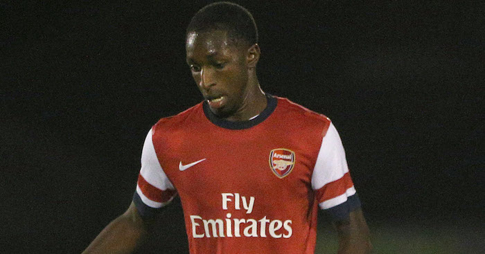 BOREHAMWOOD, ENGLAND - OCTOBER 23: Glen Kamara of Arsenal looks to get play going during the UEFA Youth League match between Arsenal U19 and Borussia Dortmund U19 at Meadow Park on October 23, 2013 in Borehamwood, England, (Photo by Charlie Crowhurst/Getty Images)