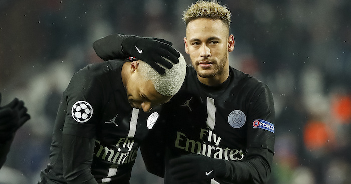 BELGRADE, SERBIA - DECEMBER 11: Kylian Mbappe (L) and Neymar (R) of Paris Saint-Germain celebrate after the UEFA Champions League Group C match between Red Star Belgrade and Paris Saint-Germain at Rajko Mitic Stadium on December 11, 2018 in Belgrade, Serbia. (Photo by Srdjan Stevanovic/Getty Images)