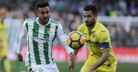 Real Betis' Spanish midfielder Victor Camarasa