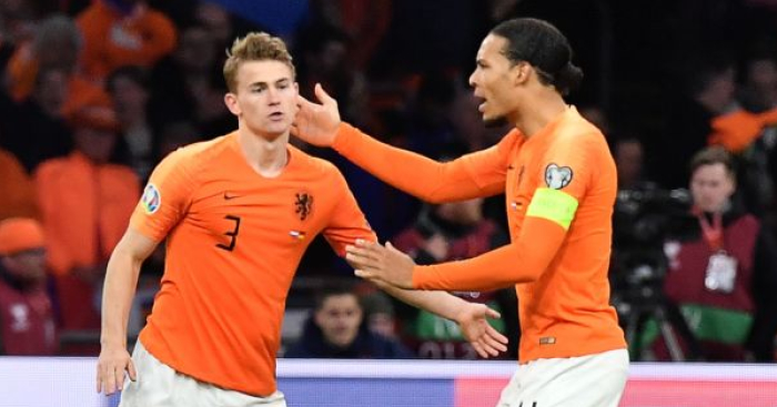 De Ligt delivers 10-word update on future as shock new favourite emerges