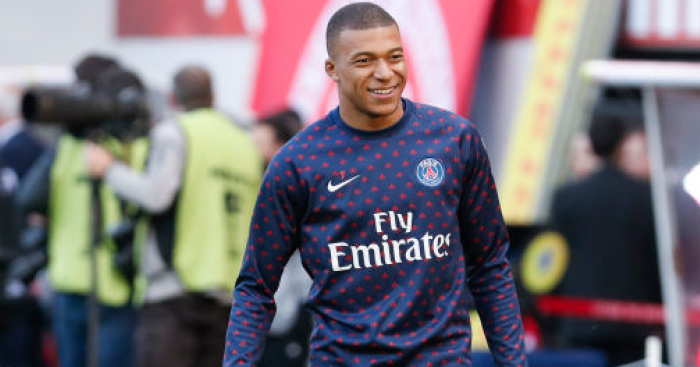 Mbappe makes future plans clear with latest PSG contract demand thumbnail