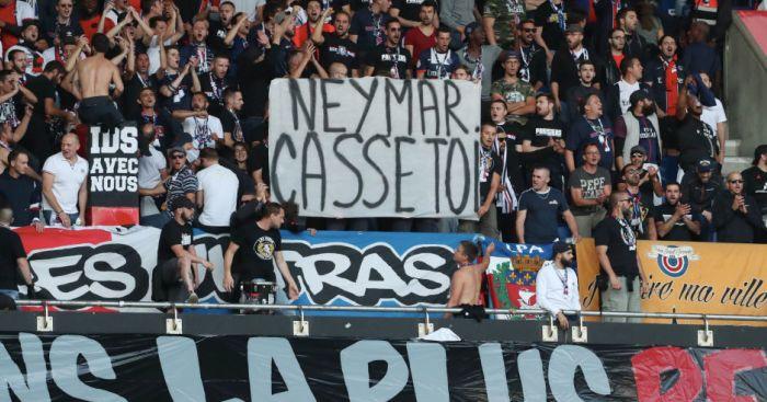 PSG fans TEAMtalk