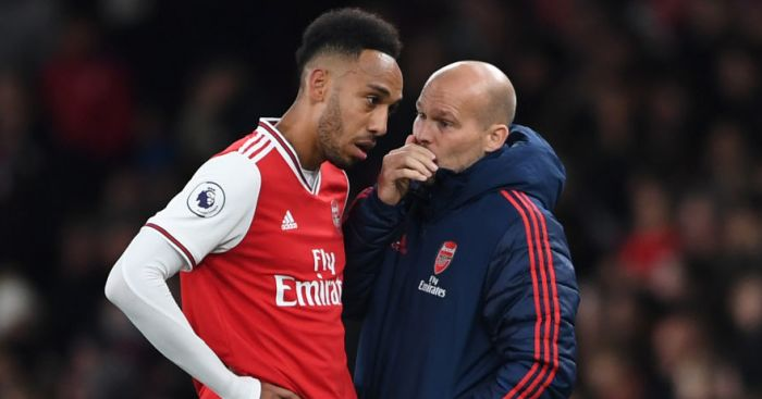 auba.ljung  - Interim Arsenal boss Freddie Ljungberg responds to bizarre Paul Scholes fashion critique